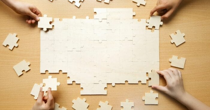 jigsaw puzzle representing a team